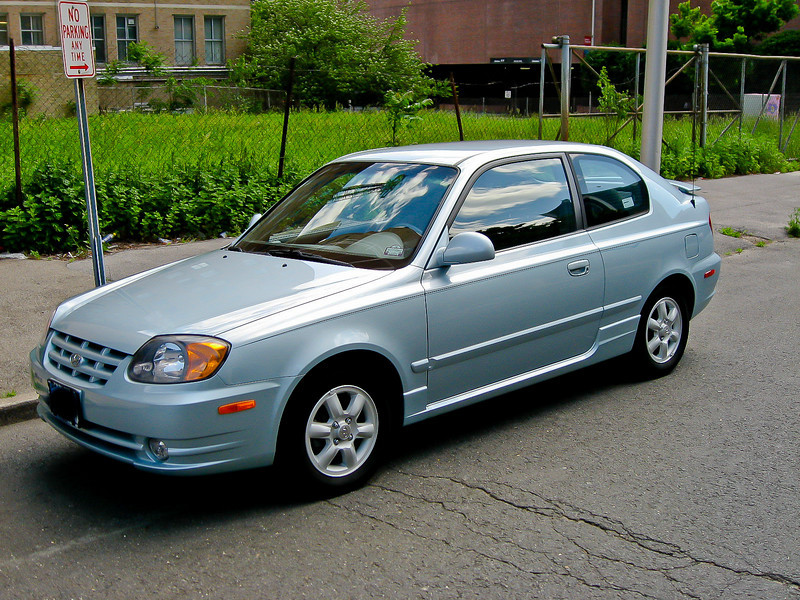 2004 hyundai accent gt review