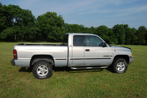 1999 Dodge Ram 1500 Truck BHPH Fair Market Value